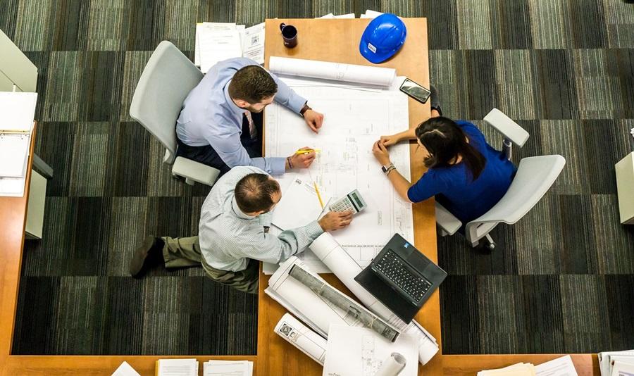 A NOVATEC conta com profissionais qualificados para realizar serviços especializados na elaboração de projetos.